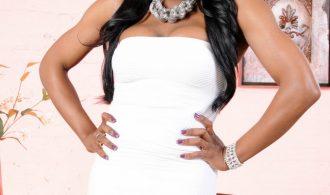 Ebony T-Girl Gabriella Posing Her Gorgeous Body