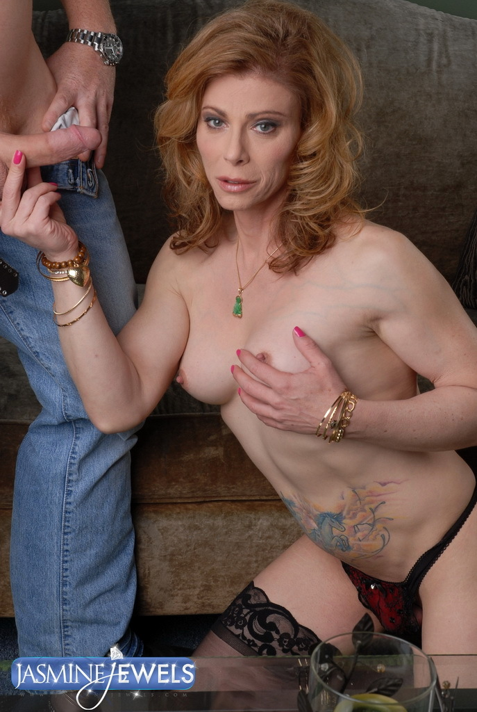Filthy TMILF Jasmine Jewels In Sensual Blowjob Action