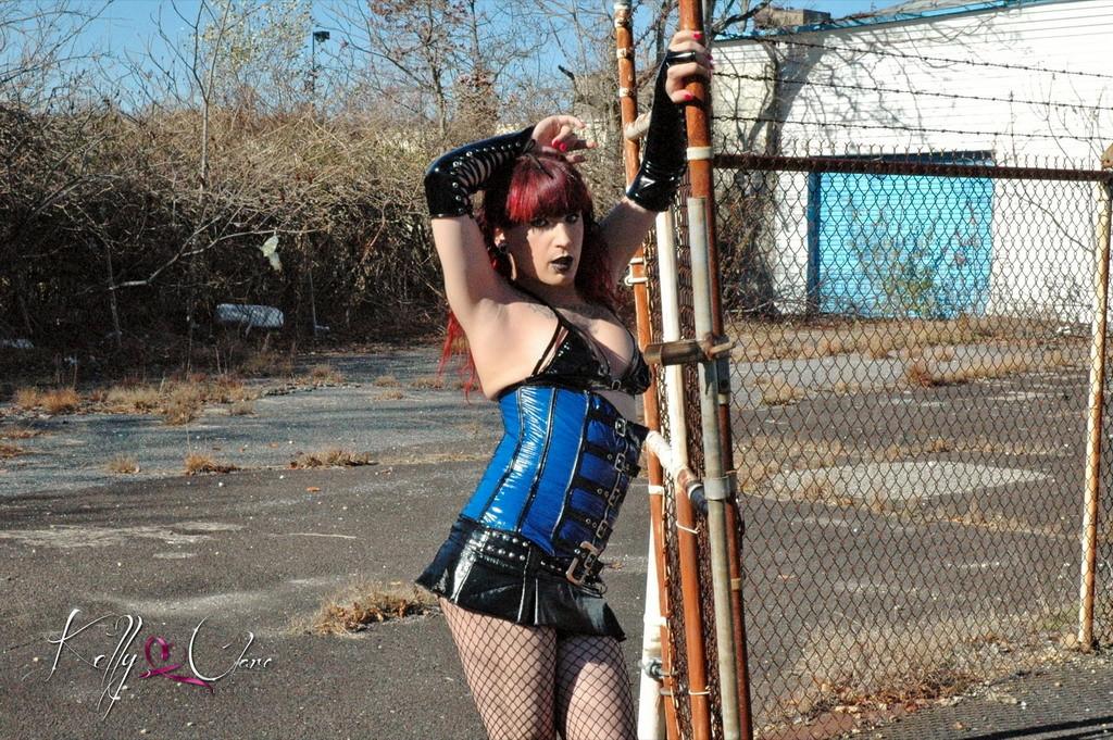 Horny Kelly Posing On Streets