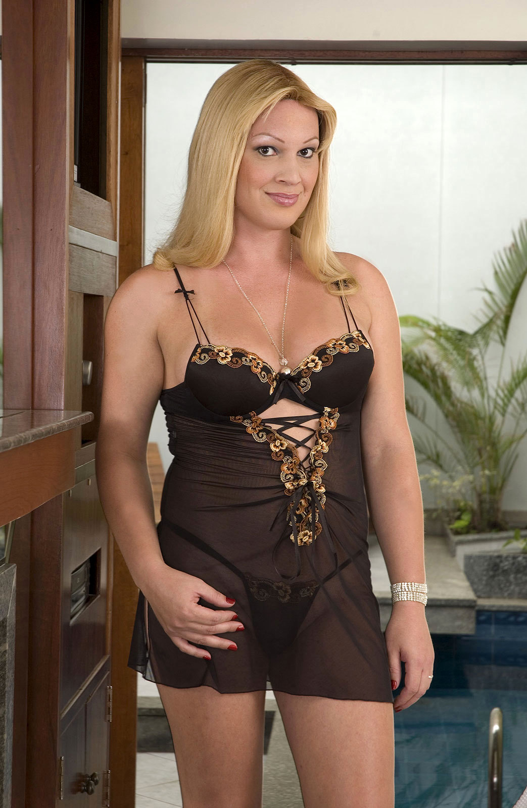 Huge Tit Blonde Tranny Duda Petite Strips Panties