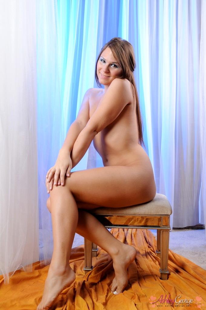 Kissable TS Goddess Ashley George Posing
