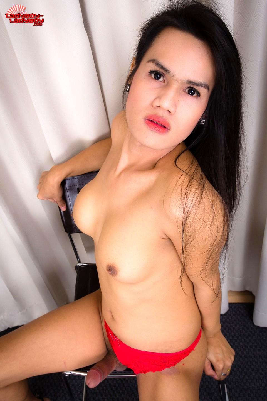 Nej Is A Kissable Femboy From Bangkok. She Has Tan Skin, Really