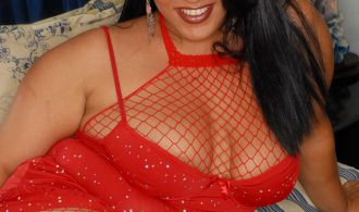 Super Cuvy Babe That Is A Latin Italian Mix. Stunning All Hor