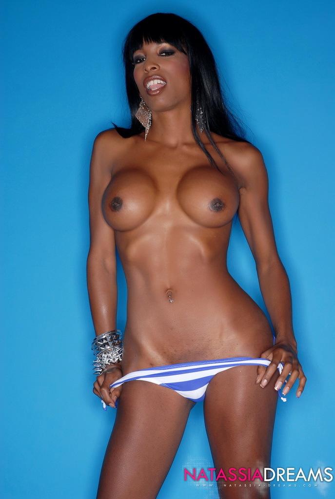 Superb Ebony Transsexual Natassia Fantasies Posing