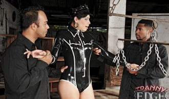 T-Girl Cop Caught By Prisoners And Ravaged