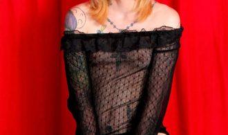 Tattooed Alternatie Tgirl Babe