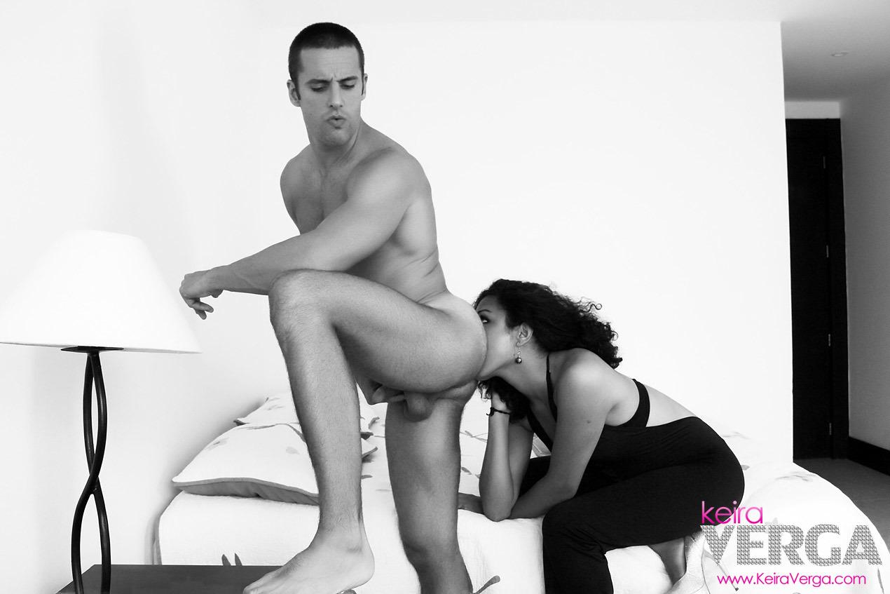Active TS Keira Verga Bang's A Lucky Dude Deep In The Butt